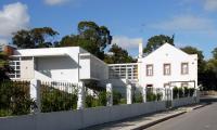 Residência Paroquial Senhora da Rocha